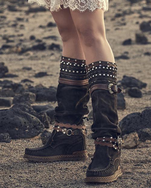 El Vaquero Walker Silverstone Ebony Leather Hidden Wedge Heel Boots