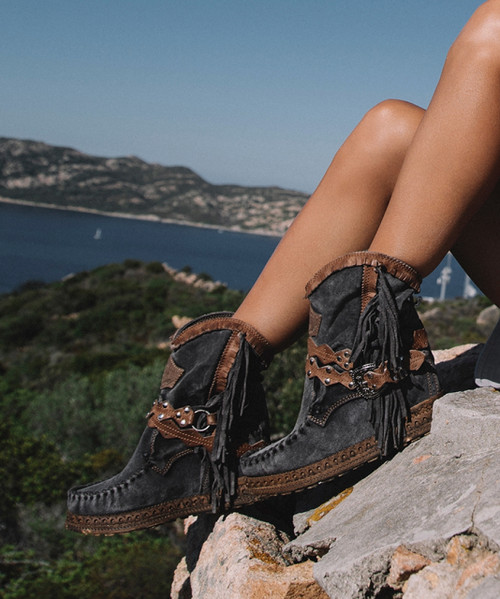 EL VAQUERO Arya Mocc Silverstone Whisper Wedge Moccasin Boots