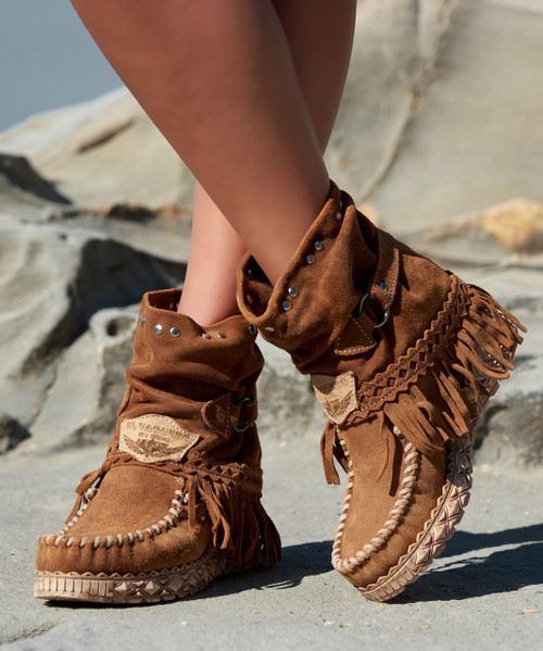 EL VAQUERO Rocket Silverstone Mou Fringed Wedge Ankle Moccasin Boots