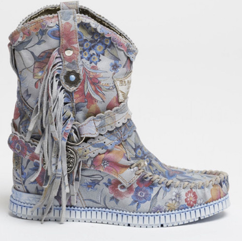 EL VAQUERO Arya Mocc Freedom Ice Floral Wedge Moccasin Boots