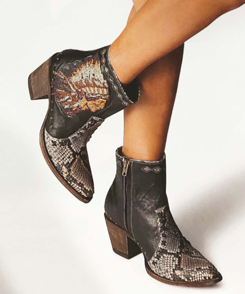 YBL 452-1 OLD GRINGO MABELL BLACK SNAKE SKIN PRINT CHIEF ANKLE BOOTS