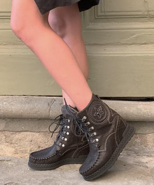 EL VAQUERO Sophie Kalahari Black Leather Wedge Moccasin Boots