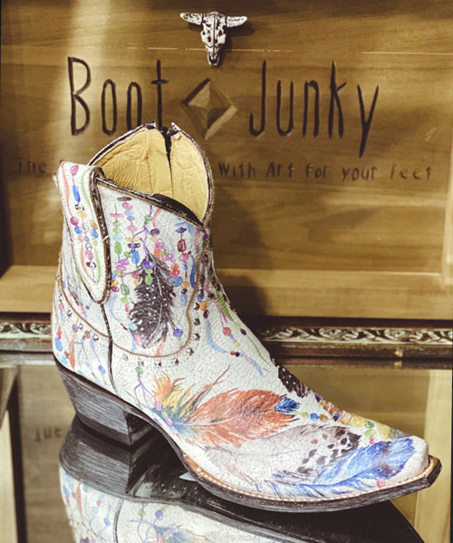 """YBL 456-1 OLD GRINGO POWWOW CRACKLED TAUPE STAMPED 7"""" ANKLE BOOTS"""