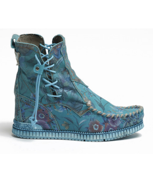 EL VAQUERO Emma Freedom Sky Leather Wedge Moccasin Boots