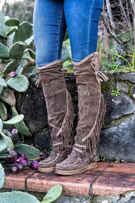 EL VAQUERO Kaleesi Silverstone Sierra Leather Wedge Moccasin Boots