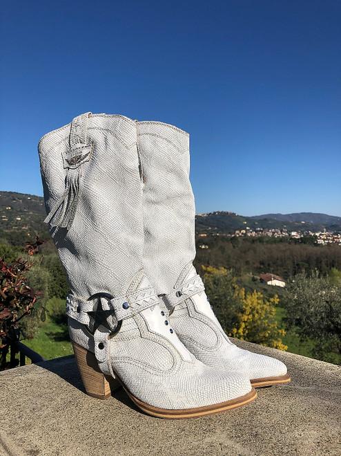 EL VAQUERO Kris Kalahari White Leather Wedge Moccasin Boots