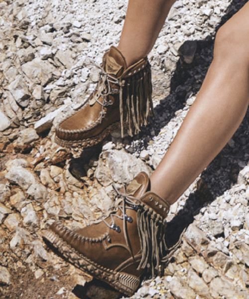 EL VAQUERO May Tribal Hide Natural Leather Fringe Ankle Boots