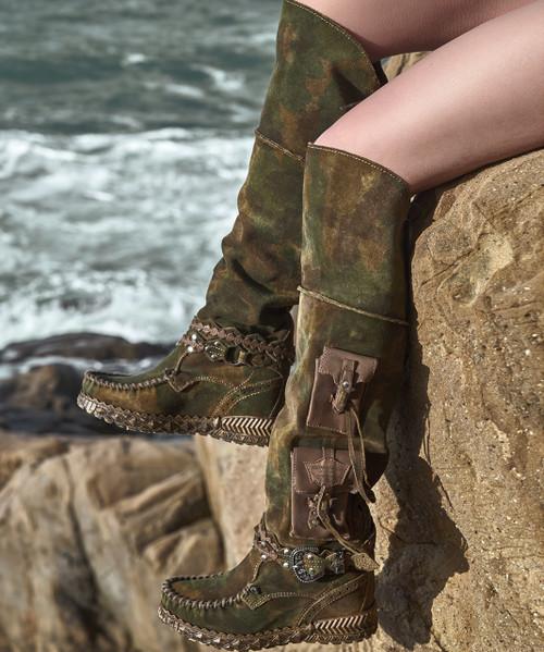 EL VAQUERO Wanderer Kamo Mangrove Tall Boho Brushed Leather Boots