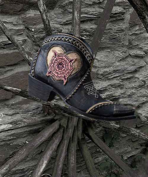 DDBL084-1 DOUBLE D RANCH TROUBLE MAKER RUSTIC BEIGE BLACK EMBROIDERED ANKLE BOOTS