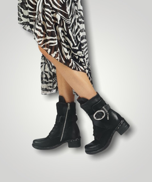 A.S.98 NEWHALL NERO BLACK ITALIAN LEATHER BUCKLED BOOTS