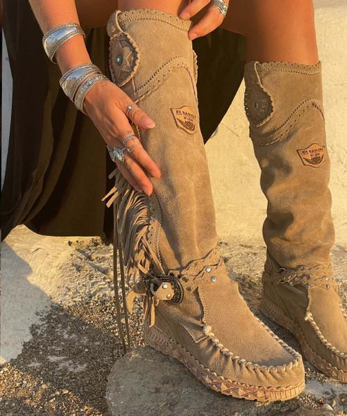 EL VAQUERO Syria Silverstone Cream Wedge Moccasin Leather Boots