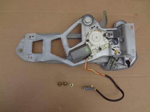 2003 - 2004 MUSTANG COBRA LH CONVERTIBLE REAR WINDOW REGULATOR, MOTOR & TRACKS OEM SKU# CD144