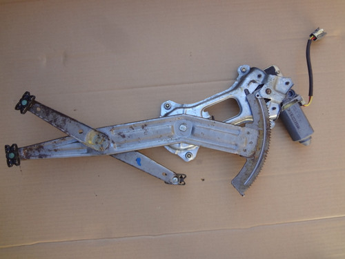 2003 - 2004 MUSTANG COBRA RH DOOR WINDOW REGULATOR & MOTOR