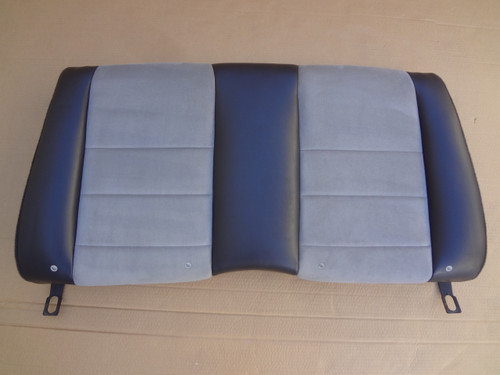 2003 - 2004 MUSTANG COBRA GRAY CONVERTIBLE REAR SEAT TOP