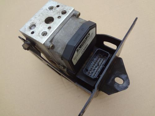 2003 - 2004 MUSTANG COBRA ABS CONTROL MODULE ANTI LOCK BRAKE