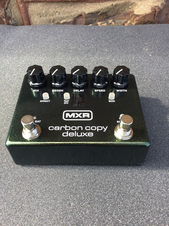 MXR Carbon Copy Deluxe Analog Delay M292 Free Shipping! Green