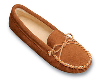 Minnetonka Mens Brown Suede Pile Lined Softsole Slipper Moccasin