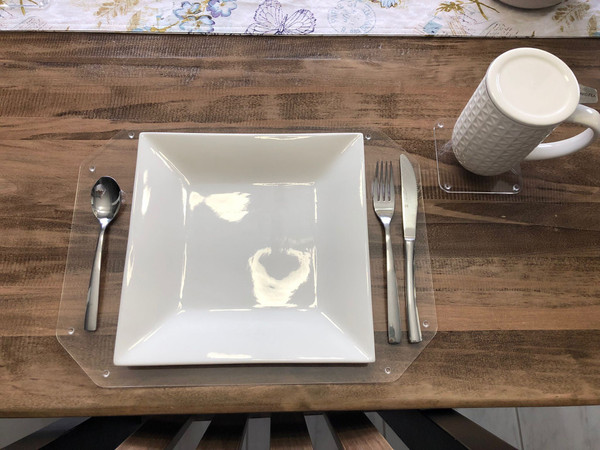 D&U Clear Acrylic Place mats and Coasters