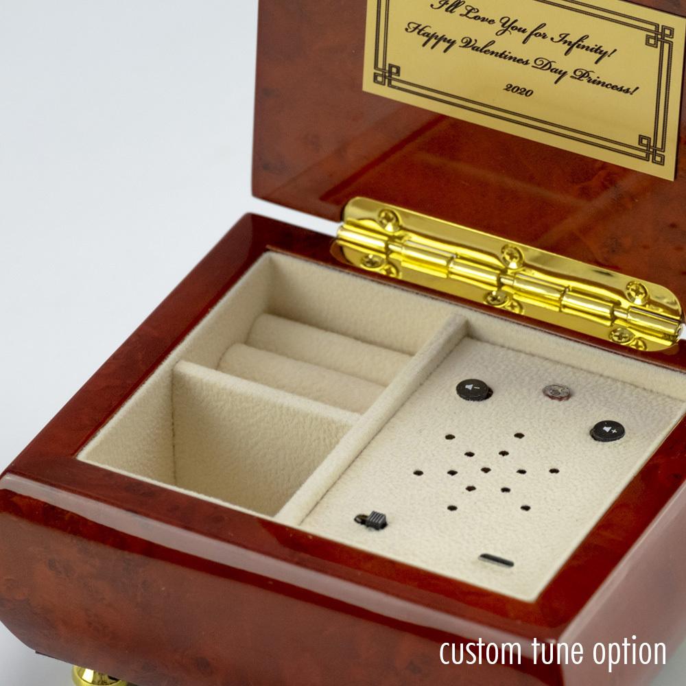 Simple Yet Beautiful and Classy Hi Gloss Music Box