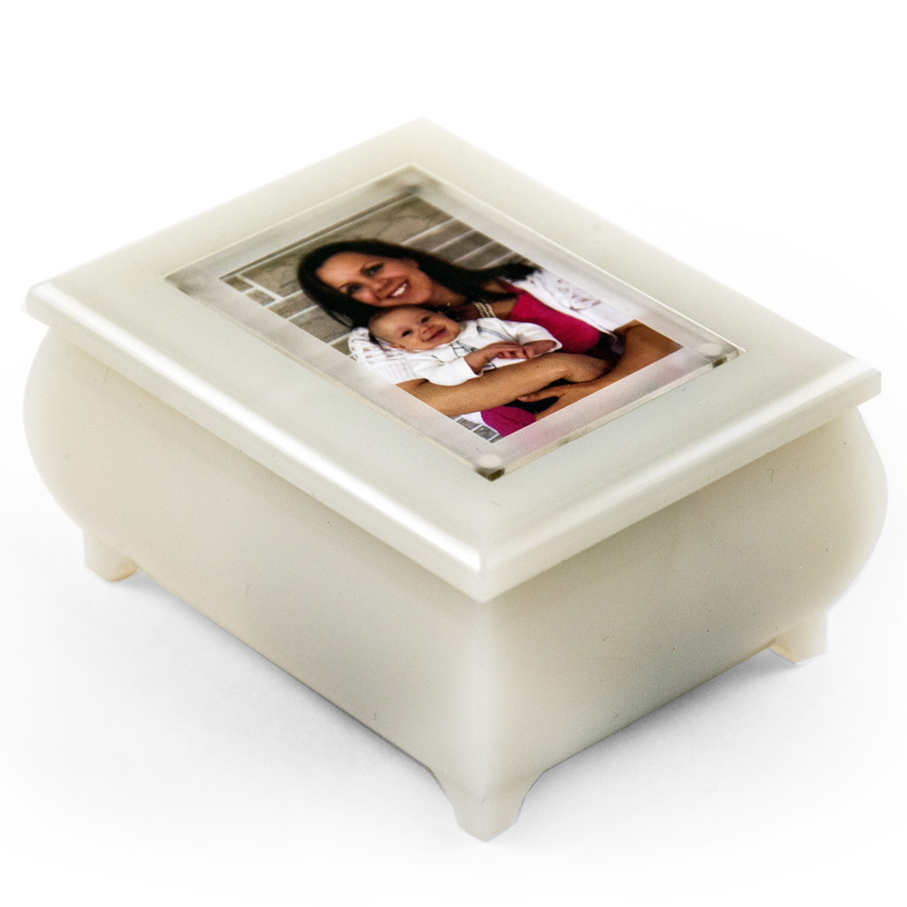 3 x 2 Wallet Size Pearl Color Photo Frame Music Box with New Pop-Out lens System