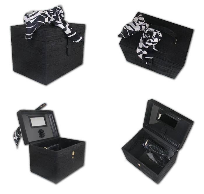 Beautiful Black And White Ribbon Spacious Jewelry Box
