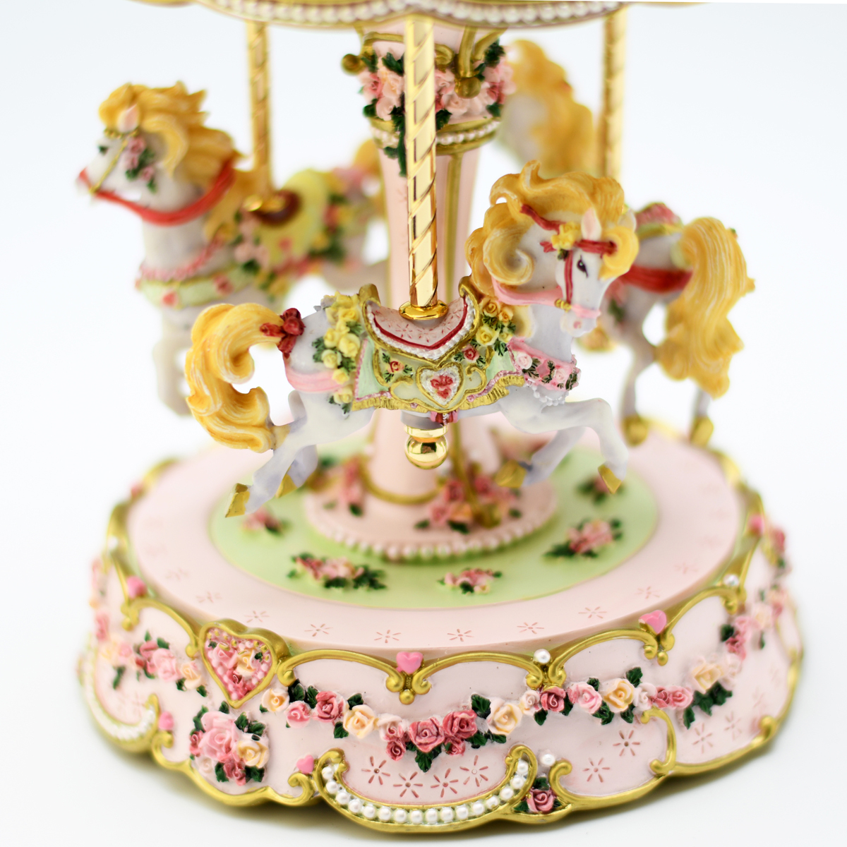Adorable 18 Note Hearts and Roses 3 Horse Musical Carousel