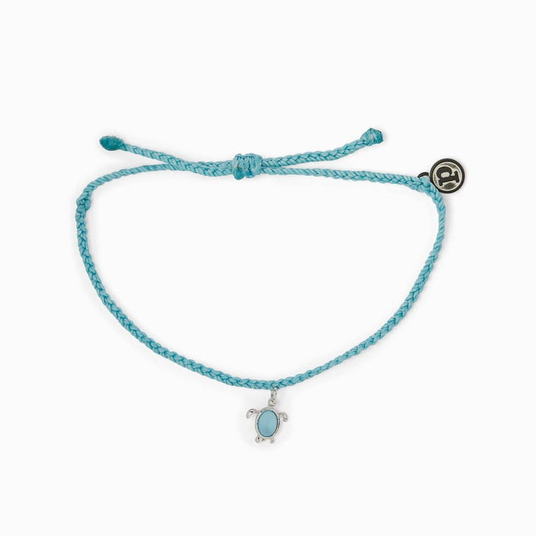 Show your love for sea turtles with this exclusive new charm bracelet! For each bracelet sold, 5% of the purchase price* will be donated to theSea Turtle Conservancy,the world's oldest sea turtle research and conservation group, which carries out worldwide programs to conserve and recover sea turtle populations.