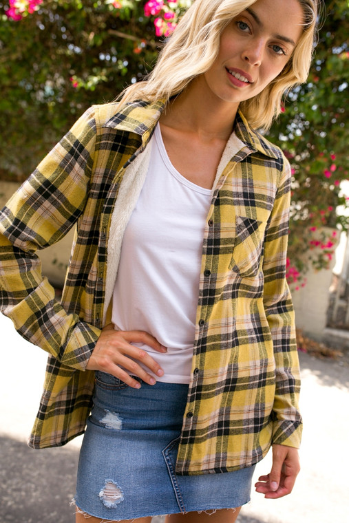 Lined with the coziest sherpa there ever was, these classic flannels are cute year round. Super cozy in the cold weather, but perfect for a summer night around the bonfire.  *these ran a bit small, if you plan on wearing a shirt underneath, you may want to size up.