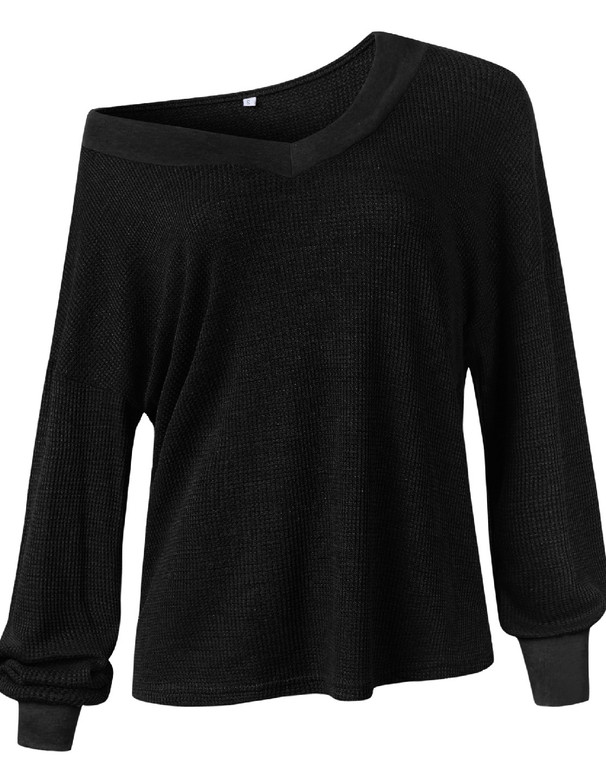 Whoa. You need this top. It is a light weight thermal material that is just right for every season. Pair it will shorts, leggings, jeans, you name it! Wear off the shoulder with a cute bralette or tank or keep it on both shoulders for a more refined look. Trust me, this top will become a favorite!