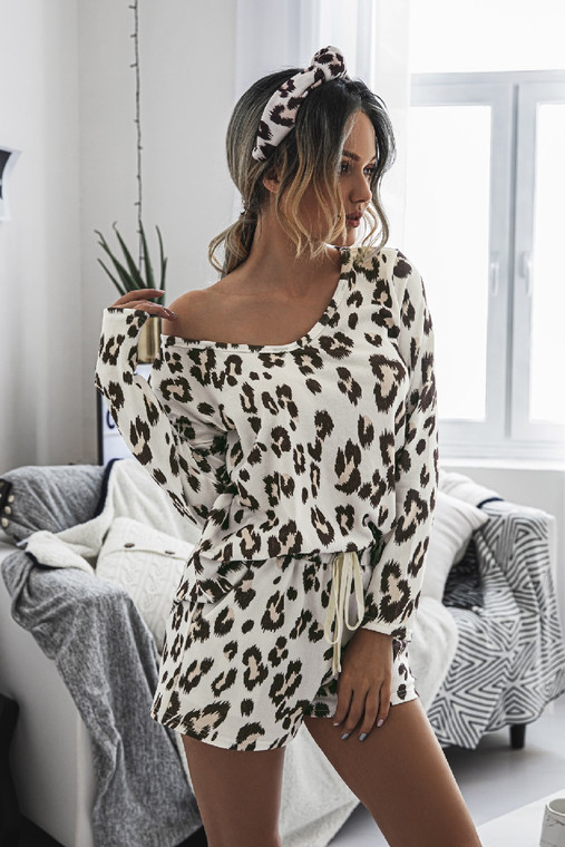 A lounge set that is simply perfect.... and honestly, cute enough to wear that top as a shirt should you choose. Comfy and cute. It is exactly what you need when sitting down to a Netflix binge.