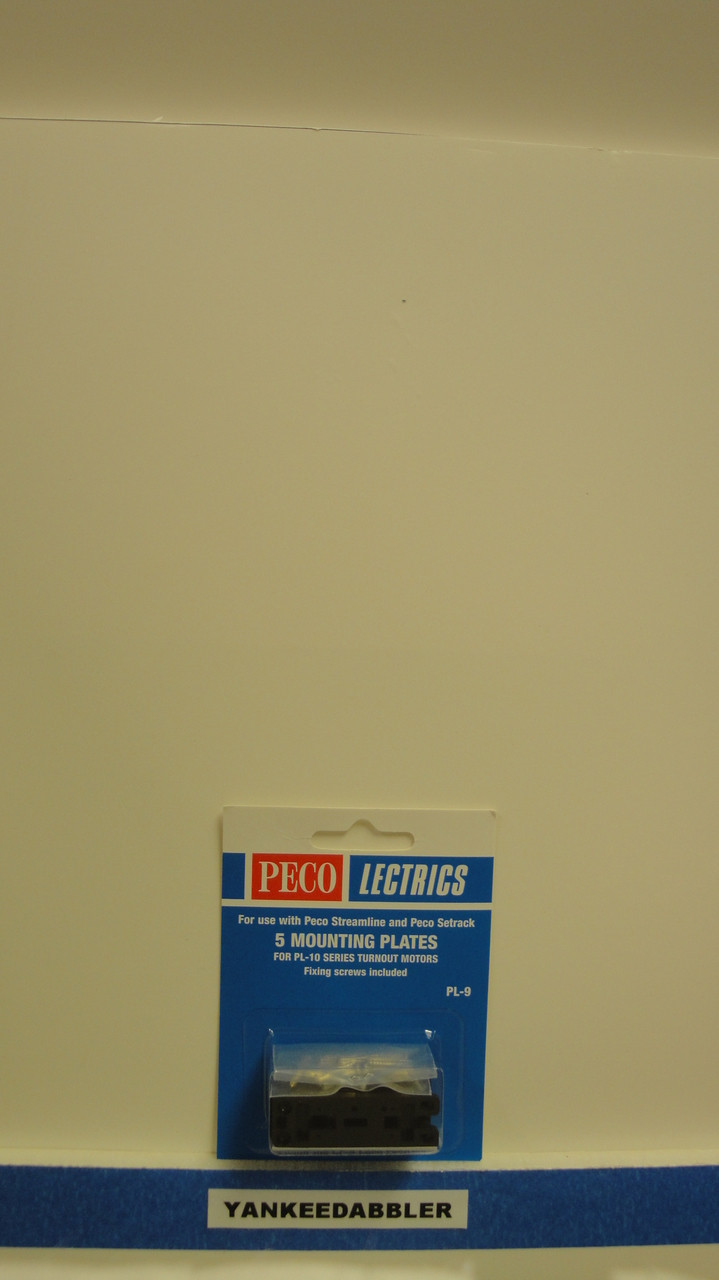 PL-9 Peco / PL-9 Mounting Plates and Screws for PL-10 Series Switch Machines    5 Per Pack (SCALE=ALL ) Part # PCO-PL-9