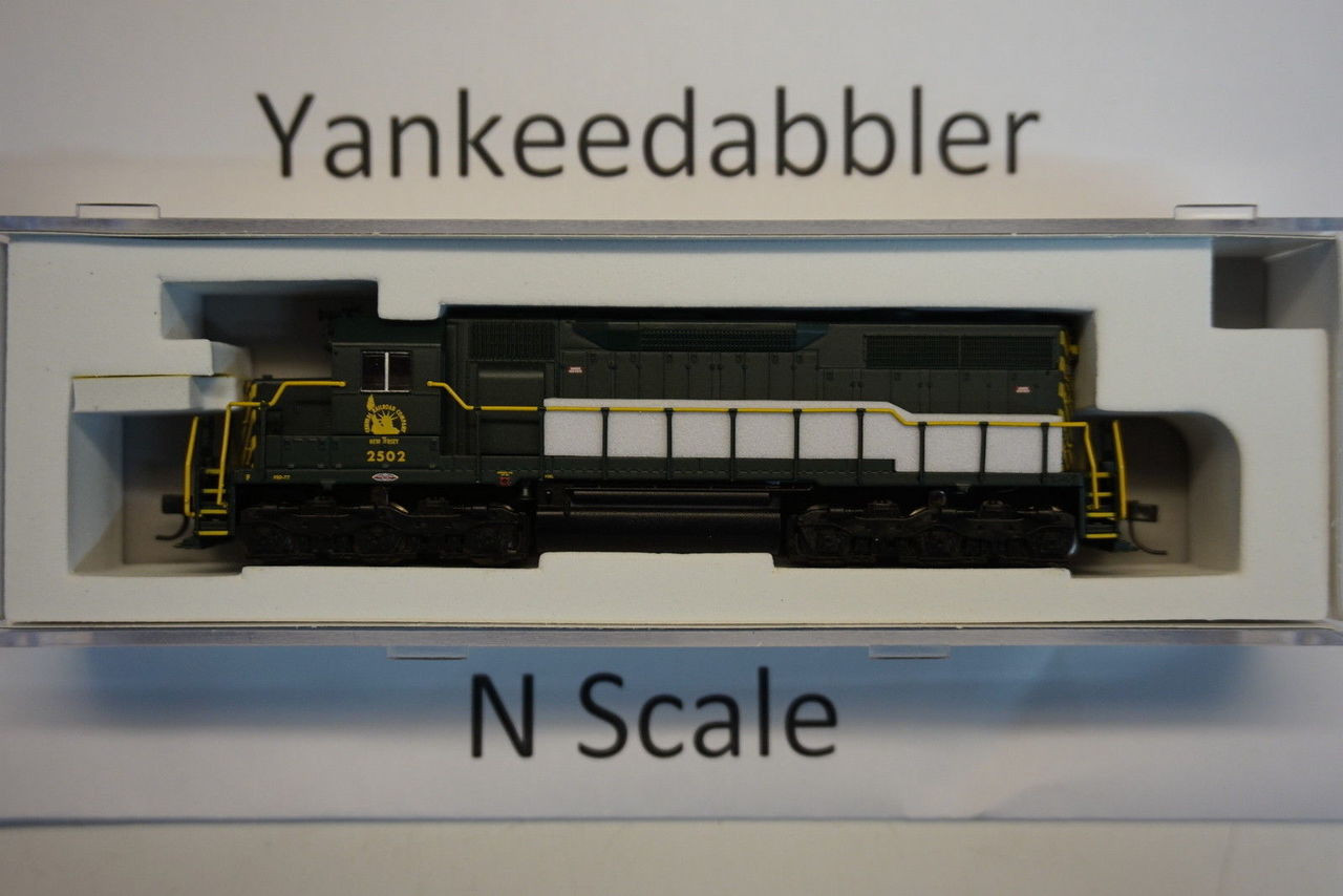 ATLAS 40003727 / EMD SD35 Low Nose - LokSound & DCC - Master(R) Gold -- Central Railroad of New Jersey # 2502 (green, yellow)  Atlas Model Railroad Co.  - (SCALE=N) Part # 150-40003727