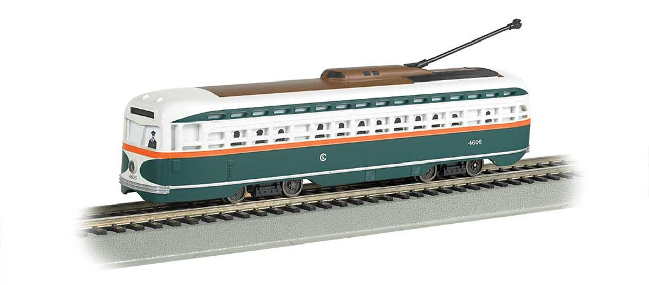 60504 BACHMANN Chicago (green, white, red)  PCC Streetcar w/DCC, Sound & Sparking Trolley Pole Bachmann Industries #60504    (HO Scale) Part # = 160-60504