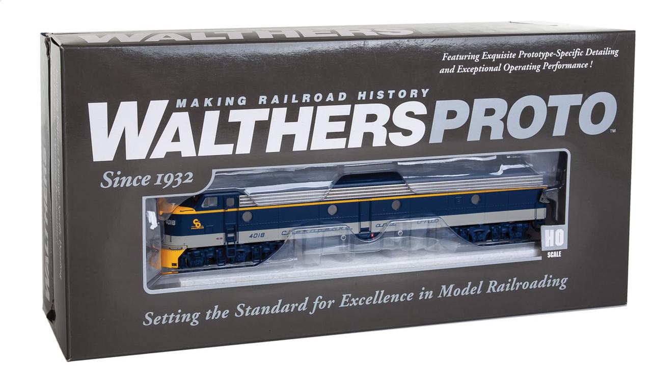 Walthers Proto 920-42361 / E8A/A C&O Chesapeake & Ohio #4018/4027 Equipped  with LokSound & DCC (SCALE=HO) Part # 920-42361