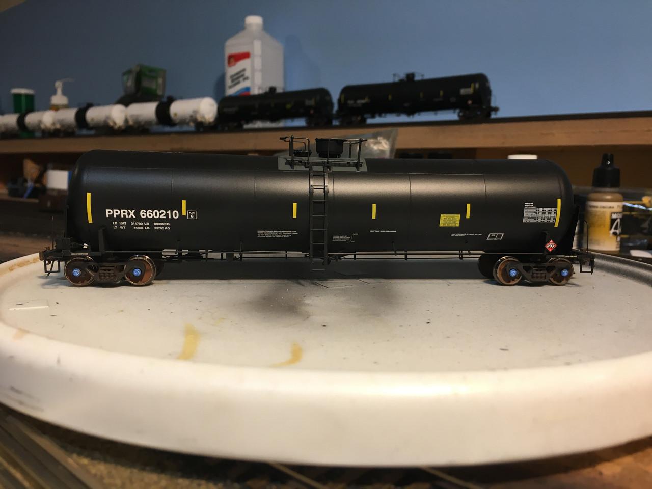 Scaletrains {SXT31639} Custom Weathered Trinity 31k Gallon Crude Oil - Phillips 66 Co. PPRX #660210 (Scale=HO) Part#8003-SXT31639w