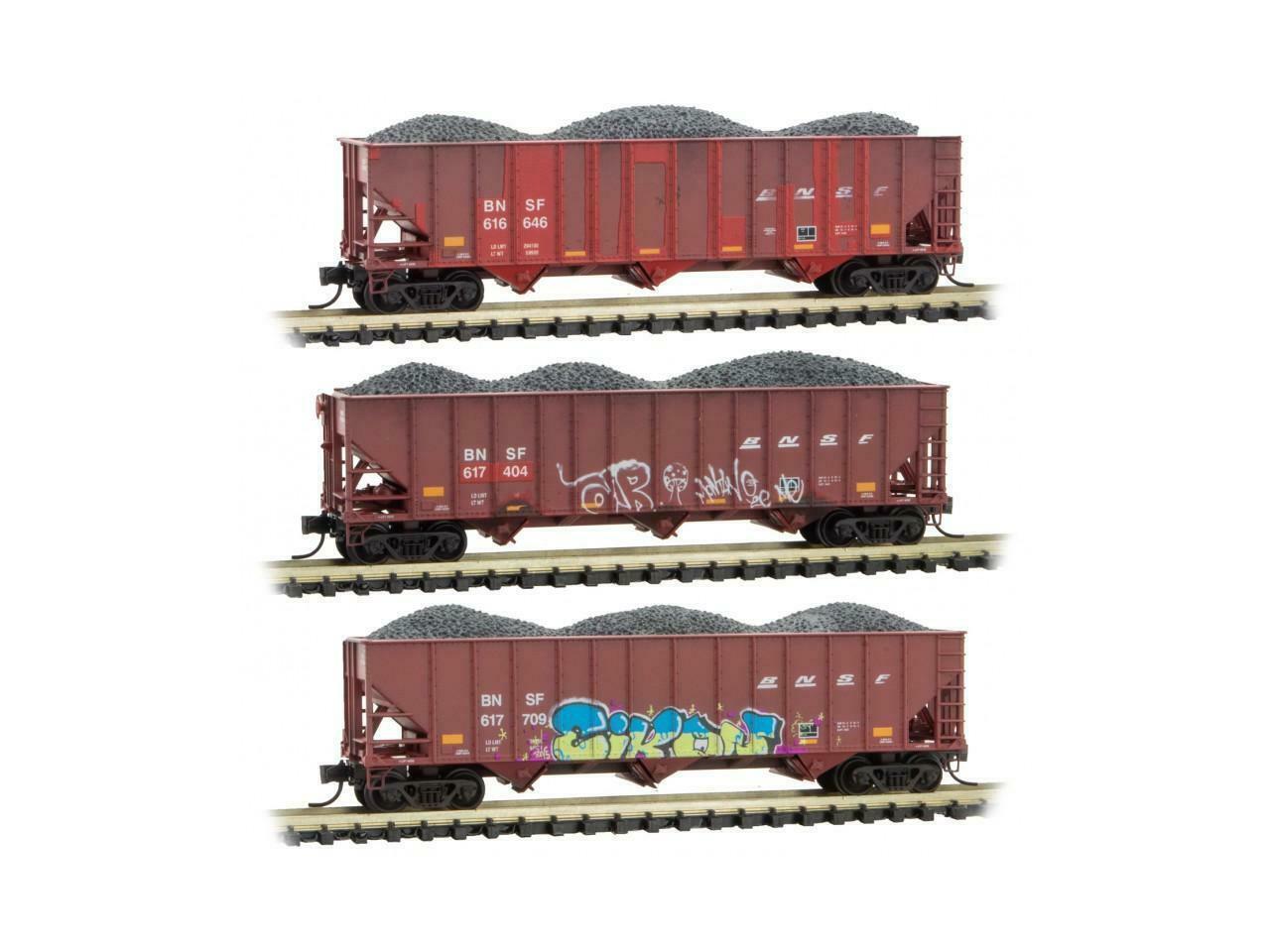 Micro Trains 993 05 710 N Scale BNSF Weathered 3 Pack