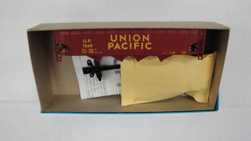 472-3 (HO SCALE) Bev-Bel-66-472-3 Union Pacific 40  Open Top Quad Hopper UP 7845