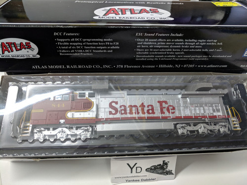 ATLAS 10002308 / Atlas Model Railroad Co. GE Dash 8-40CW #844 (ATSF Style) w/LokSound & DCC - Master(R) Gold (SCALE=HO Part # 150-10002308