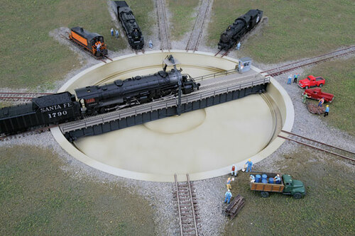 2618 Walthers Motorized 130' Turntable  (N Scale)  Cornerstone Part#933-2618