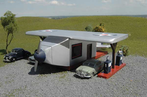 Bachmann 35201 - Scene Scapes - Airplane Gas Station (Scale=HO) Part#160-35201