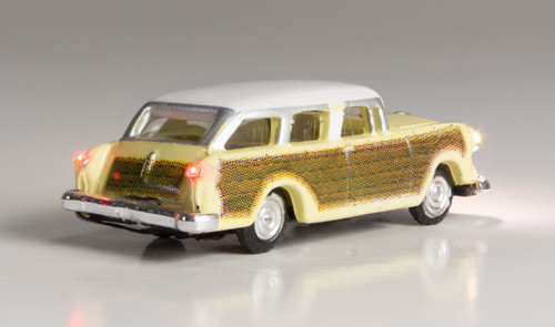 Woodland Scenics 5619 Station Wagon - Just Plug  (SCALE=N)  Part # 785-5619