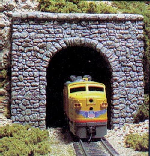 Woodland Scenics 1255 Single-Track Tunnel Portal (Hydrocal Plaster Casting) -- Random Stone HO Scale