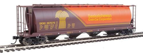 Walthers 910-7830 SKNX - Saskatchewan Grain Car Company #397075 59' Cylindrical Hopper HO Scale