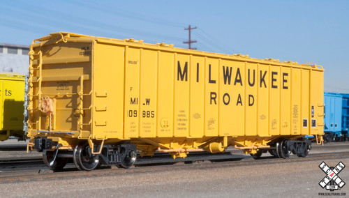 Scaletrains {SXT31990} GATC 4180 Airslide Covered Hopper Milw - Milwaukee Road #109902 HO Scale