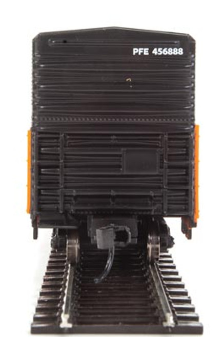 Walthers 910-3936 57' Mechanical Reefer PFE - Pacific Fruit Express #456888 HO Scale