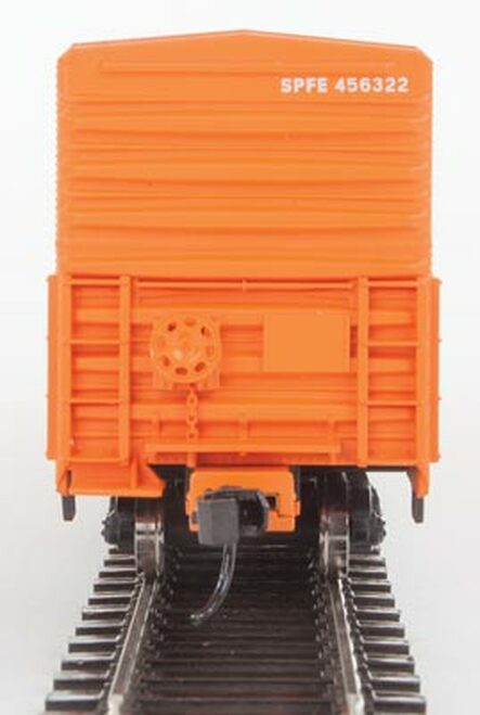Walthers 910-3941 57' Mechanical Reefer SPFE - Southern Pacific Fruit Express #456322 HO Scale