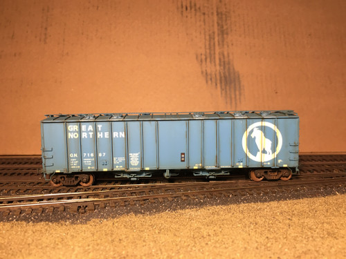 Scaletrains SXT31979 CW Custom Weathered GATC 4180cf Airslide Covered Hopper GN - Great Northern #71687 HO Scale