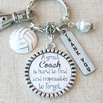 VOLLEYBALL COACH Gift, Custom Volleyball Coach Keychain, Volleyball Coach Gifts from Volleyball Team, A Great Coach Is Hard To Find Keychain