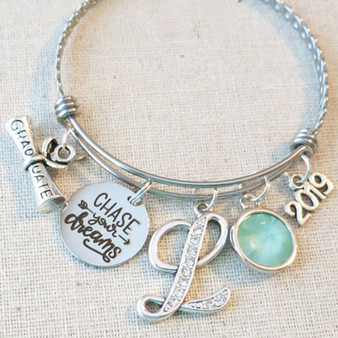 2019 GRADUATION Gift Bracelet, Chase Your Dreams Inspirational Gift, Personalized 2019 College Graduate Bracelet, Custom Gifts for Class of 2019 Graduates