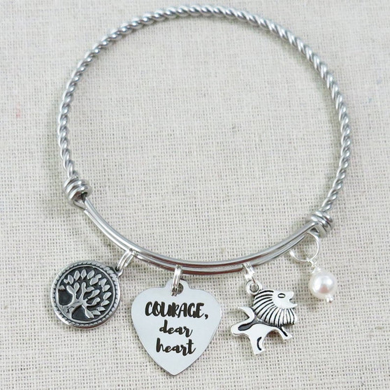Courage, Dear Heart Bracelet, CS Lewis Narnia Quote Gifts, Inspirational Courage Lion Charm Bracelet, Encouragement Be Brave Gift